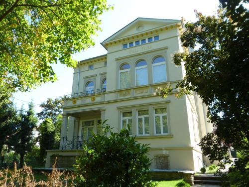 hotels r desheim und unterkunft in 55593 deutschland. Black Bedroom Furniture Sets. Home Design Ideas