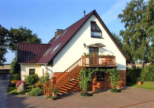 hotels gro mohrdorf und unterkunft in 18445 deutschland. Black Bedroom Furniture Sets. Home Design Ideas
