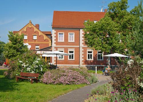Hotels Zschepplin Und Unterkunft In 04838 Deutschland