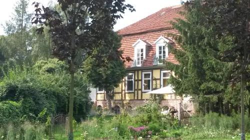 hotels gro derschau und unterkunft in 16845 deutschland. Black Bedroom Furniture Sets. Home Design Ideas