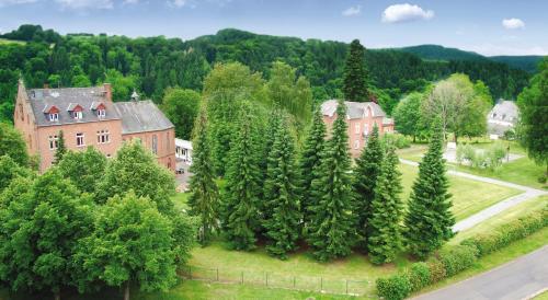 Preiswerte Hotels Dubeldorf
