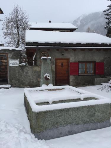 Hotels Zillis Reischen Und Unterkunft In 7432 Schweiz