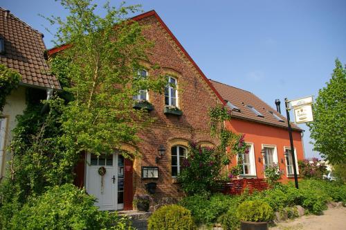 hotels planetal und unterkunft in 14806 deutschland. Black Bedroom Furniture Sets. Home Design Ideas